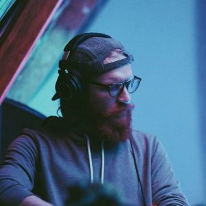 <p>Based in Deerfield Beach, Florida, Tom Brennan, (Keota), is one of the most versatile and prolific producers in the growing electronic music scene, excelling in genres like garage, dubstep, neurohop, halftime and experimental.</p> <p>His music has been featured on playlists by labels such as Wonk#ay Records, alongside artists like Kursa, Seppa, Chrizpy Chris, Audio Gutter, Samurai Breaks, and more.</p> <p>He has also collaborated with well-known artists such as Culprate, DeeZ, Smigonaut and Ehiorobo Since his debut EP 'Knowing' (2014) Keota's output has been consistent; his music being released in the form of countless singles and EPs- the latest, called 'Uneven Scraggle', being released in October 2018.</p> <p>Besides producing and collaborating with other producers, Keota also sells is own sample packs and teaches electronic music production via his YouTube channel, where he shares valuable electronic music production tips and techniques he has learned and perfected over the years.</p>
